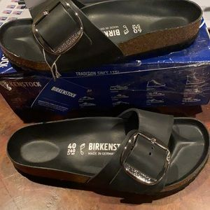 Birkenstock Madrid big buckle black 9 regular new